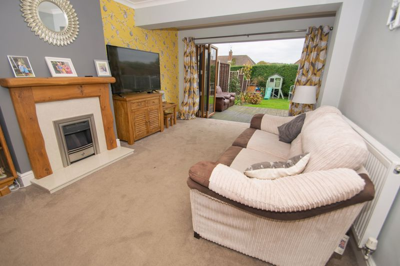 3 bed house for sale in Dunstall Road  - Property Image 2
