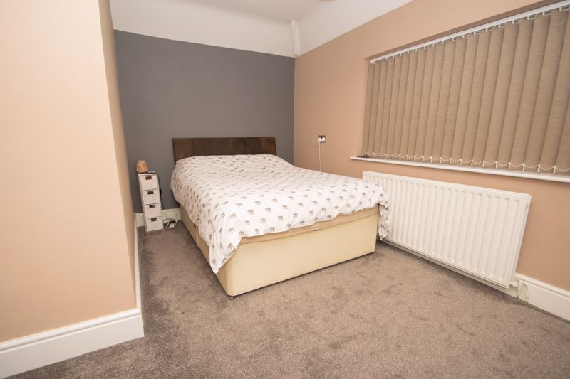 3 bed house for sale in Dunstall Road 7