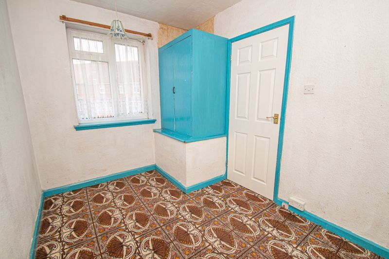 3 bed house for sale in Wall Well Lane 9