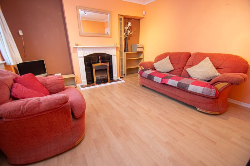 2 bed house for sale in Round Hill Terrace  - Property Image 2