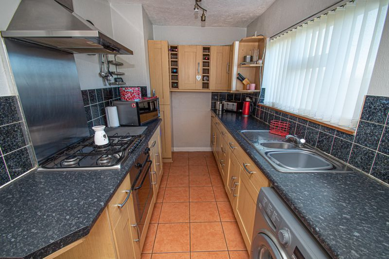 2 bed house for sale in Cradley Road  - Property Image 6