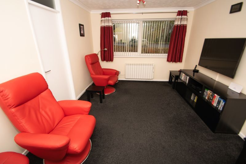 1 bed flat for sale in Netherend Lane 5
