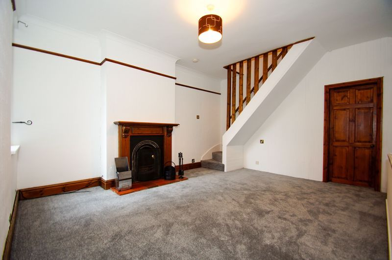 3 bed house for sale in Stoke Road 3