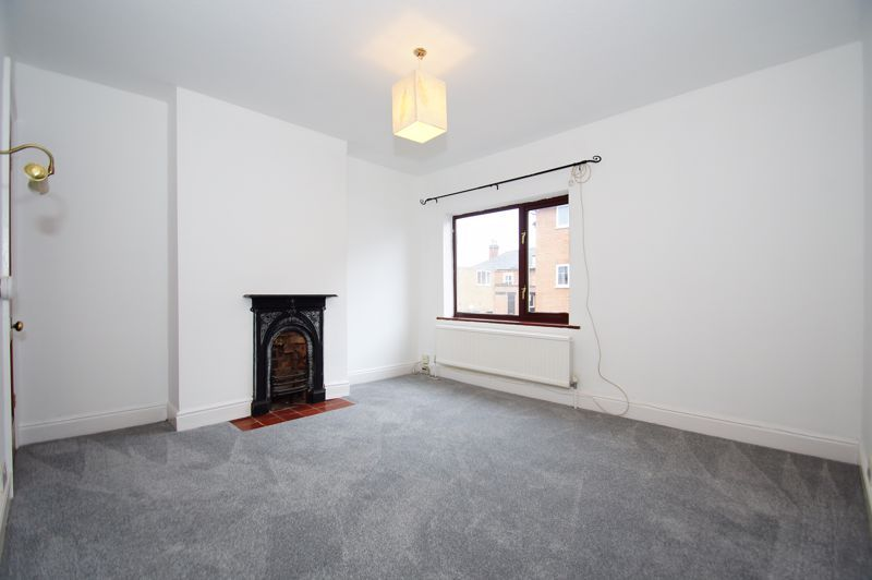 3 bed house for sale in Stoke Road 6