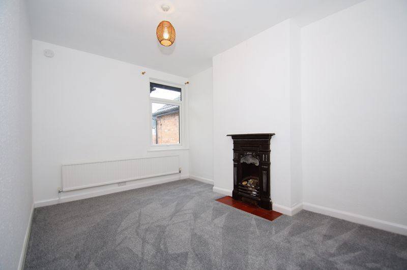 3 bed house for sale in Stoke Road 7