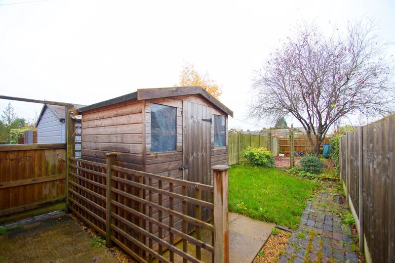 3 bed house for sale in Stoke Road  - Property Image 10