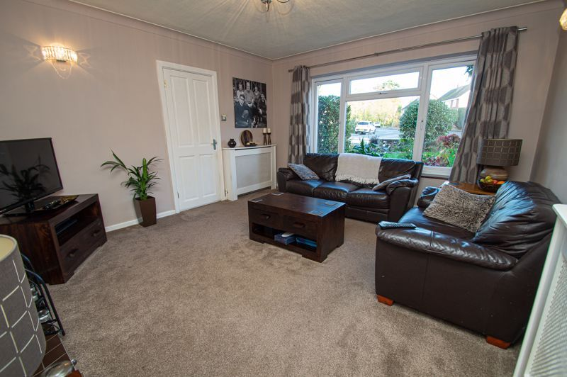 3 bed house for sale in Beverley Close  - Property Image 2