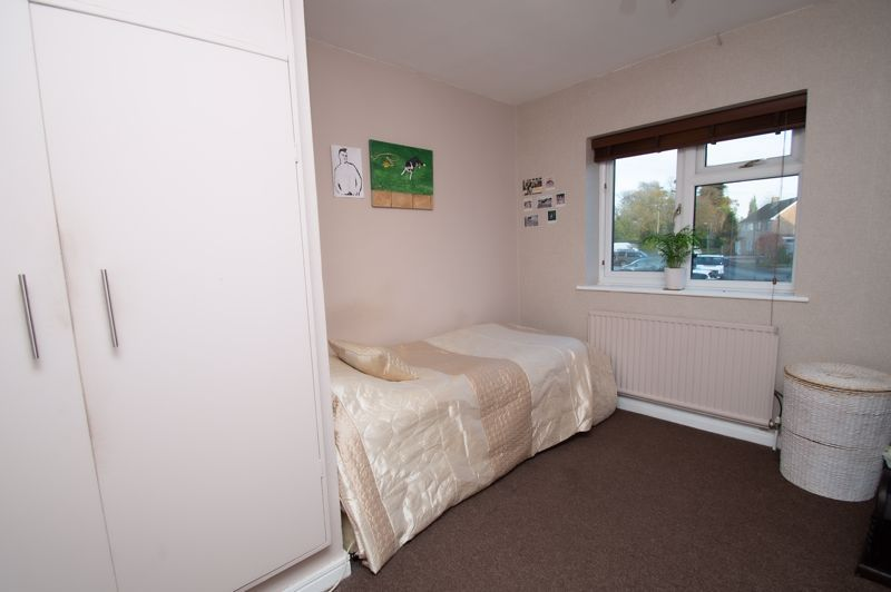 3 bed house for sale in Beverley Close  - Property Image 11