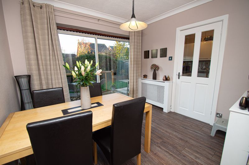3 bed house for sale in Beverley Close 3