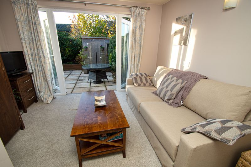 3 bed house for sale in Beverley Close 7