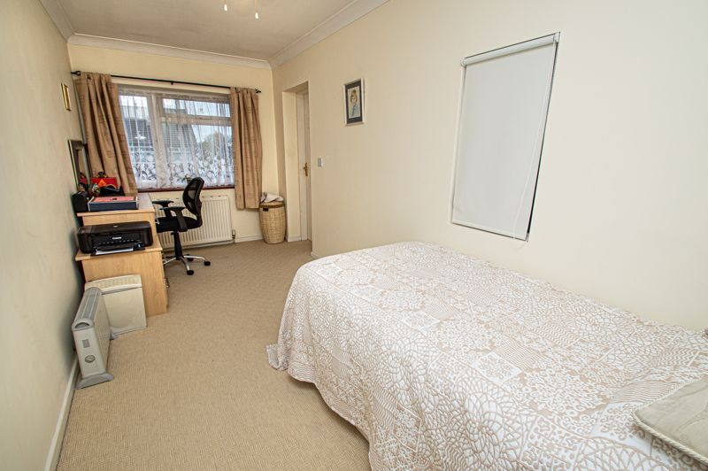 3 bed house for sale in Lansdowne Road  - Property Image 14