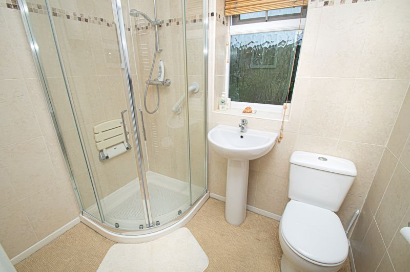 3 bed house for sale in Lansdowne Road 15