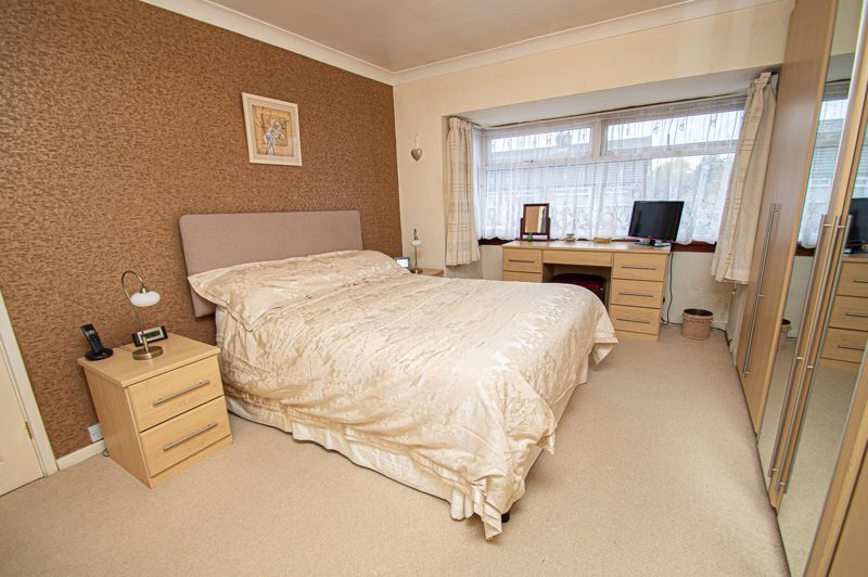 3 bed house for sale in Lansdowne Road  - Property Image 10