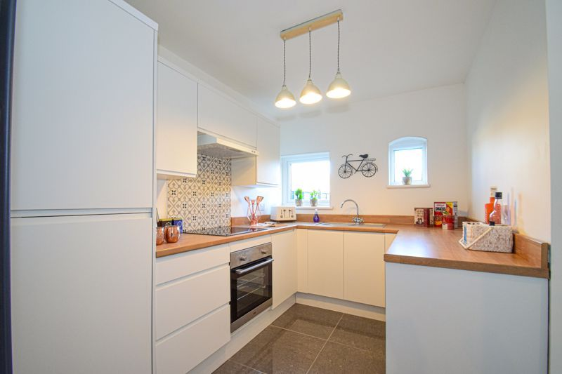 3 bed house for sale in New Road 6