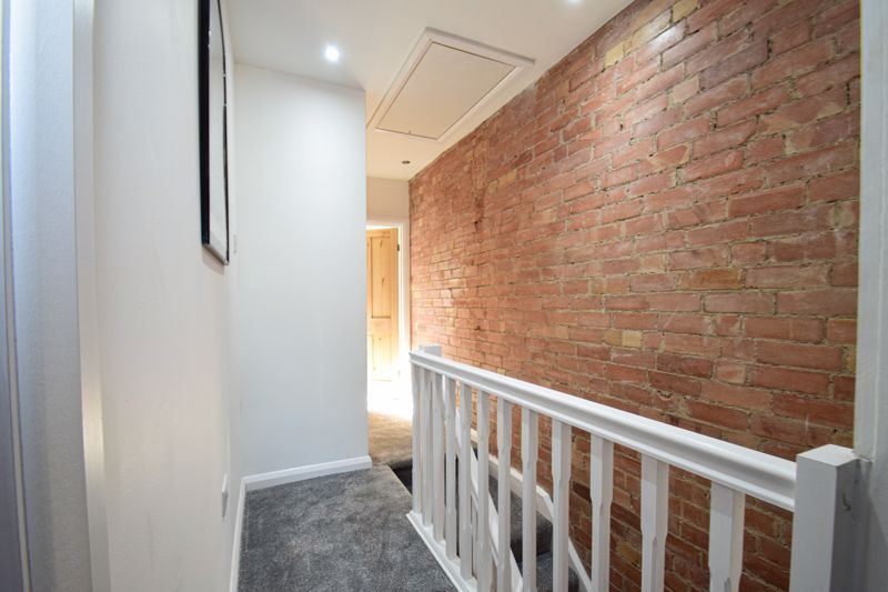 3 bed house for sale in New Road 8