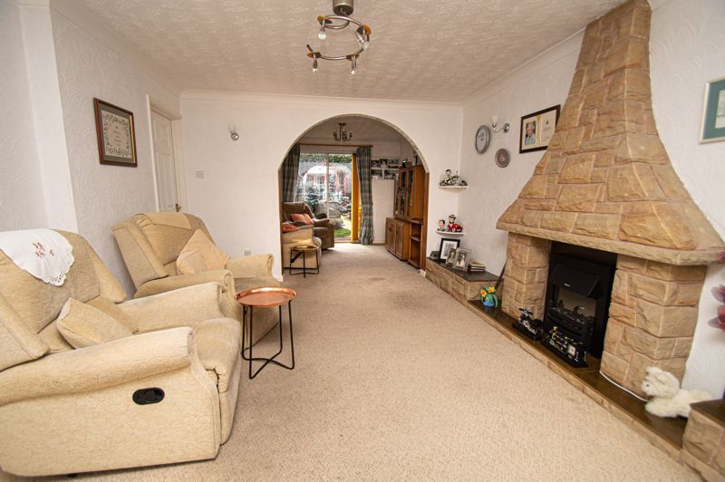 3 bed house for sale in Rush Lane 2