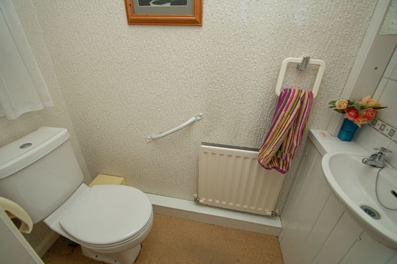 3 bed house for sale in Rush Lane 6