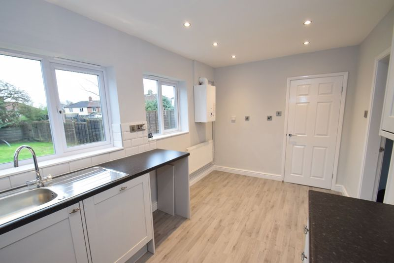 3 bed house for sale in King George Close 4