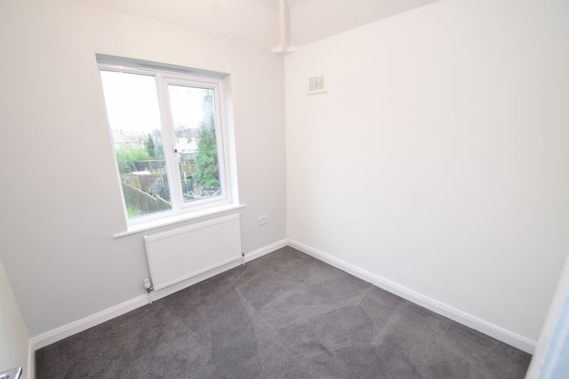 3 bed house for sale in King George Close  - Property Image 10