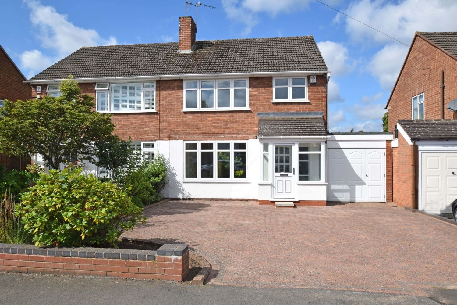 3 bed semi-detached for sale in Beachcroft Road, Wall Heath  - Property Image 1