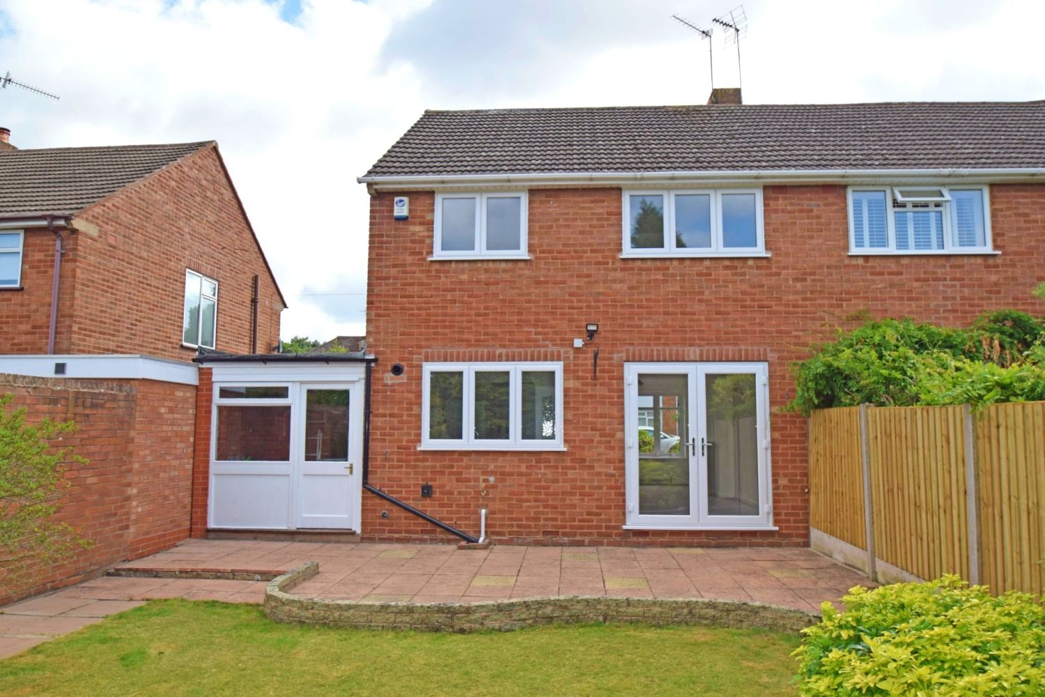3 bed semi-detached for sale in Beachcroft Road, Wall Heath 12