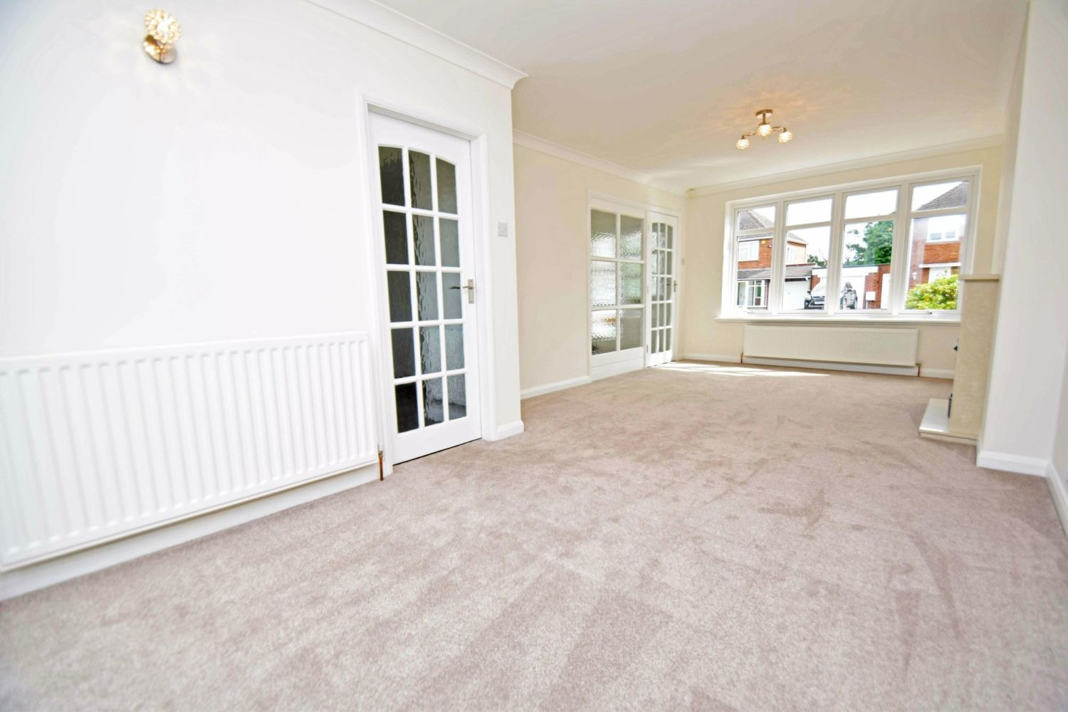 3 bed semi-detached for sale in Beachcroft Road, Wall Heath  - Property Image 3