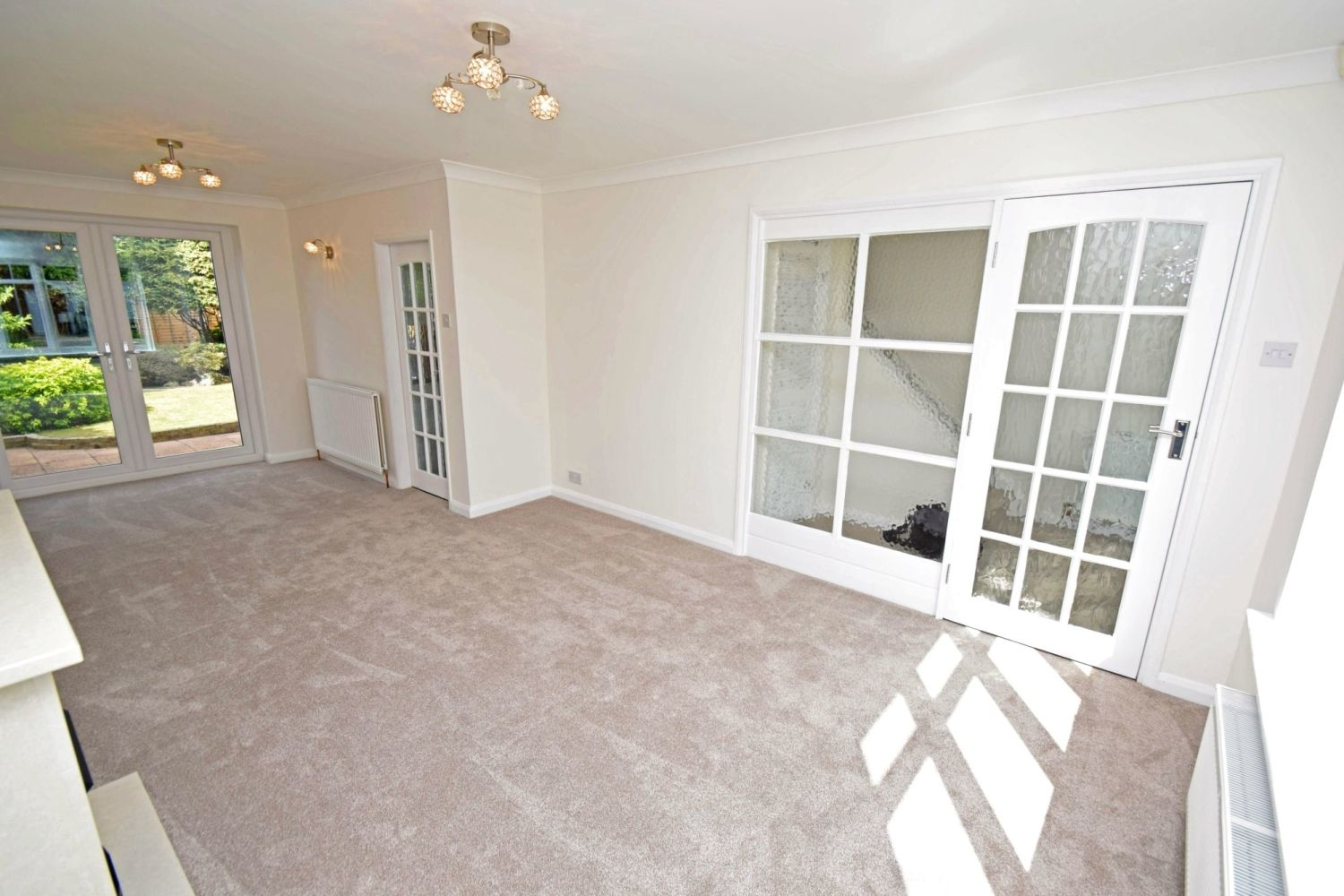 3 bed semi-detached for sale in Beachcroft Road, Wall Heath  - Property Image 4