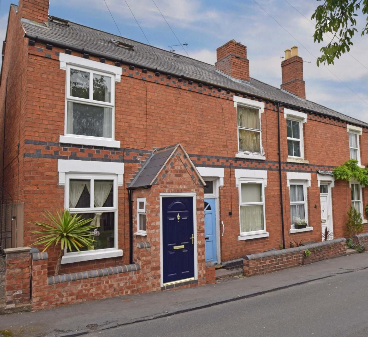 2 bed terraced for sale in Hall Street, Oldswinford - Property Image 1