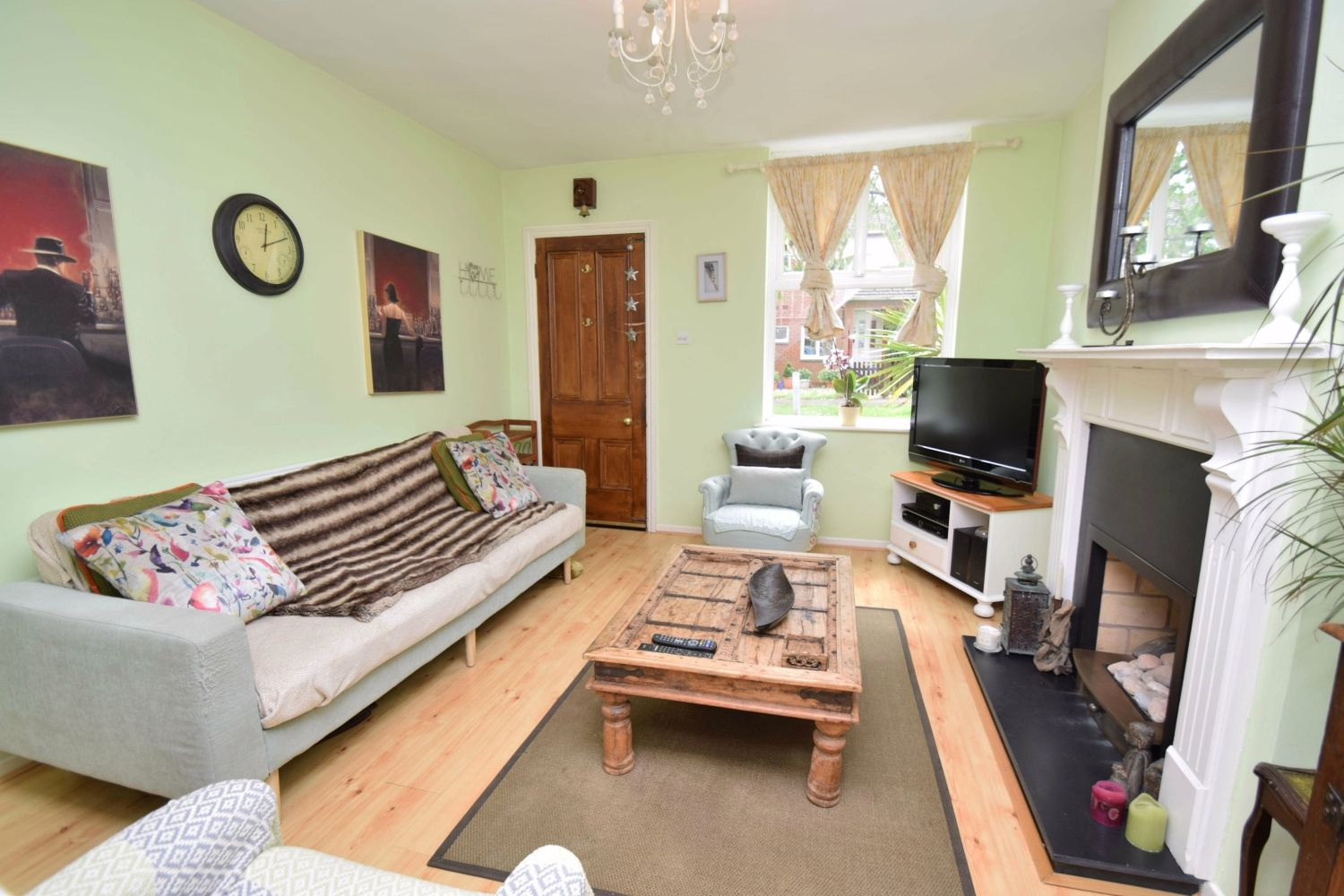 2 bed terraced for sale in Hall Street, Oldswinford  - Property Image 2