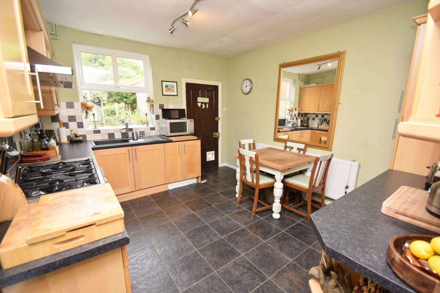 2 bed terraced for sale in Hall Street, Oldswinford  - Property Image 5