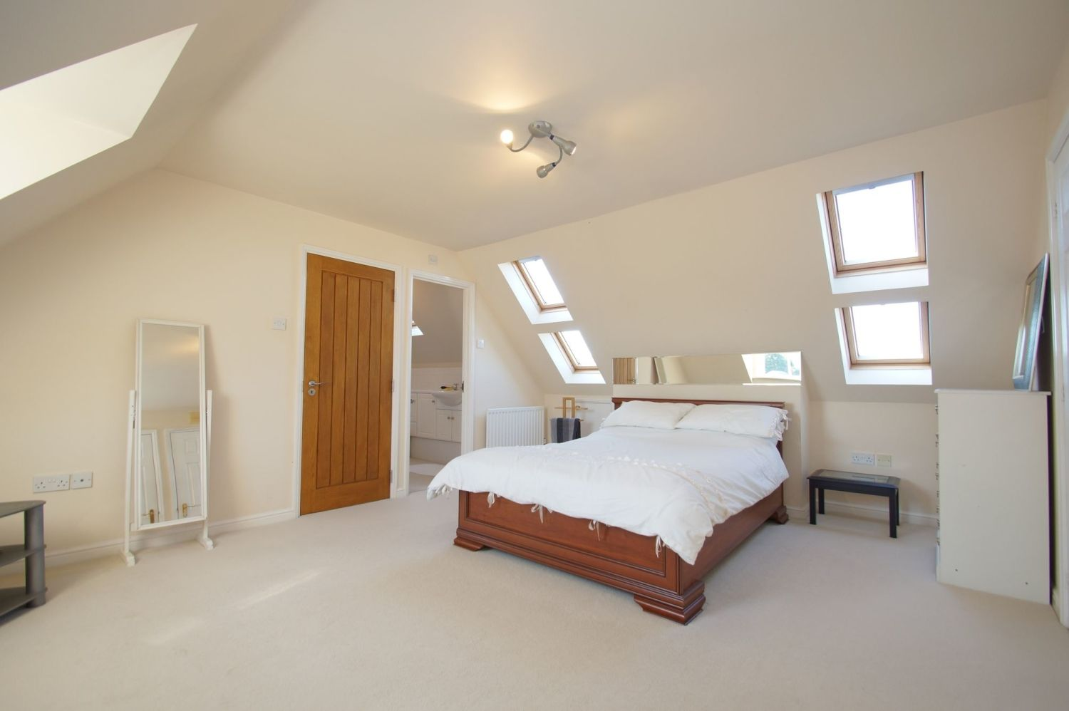 4 bed detached for sale in Acre Lane, Webheath  - Property Image 12