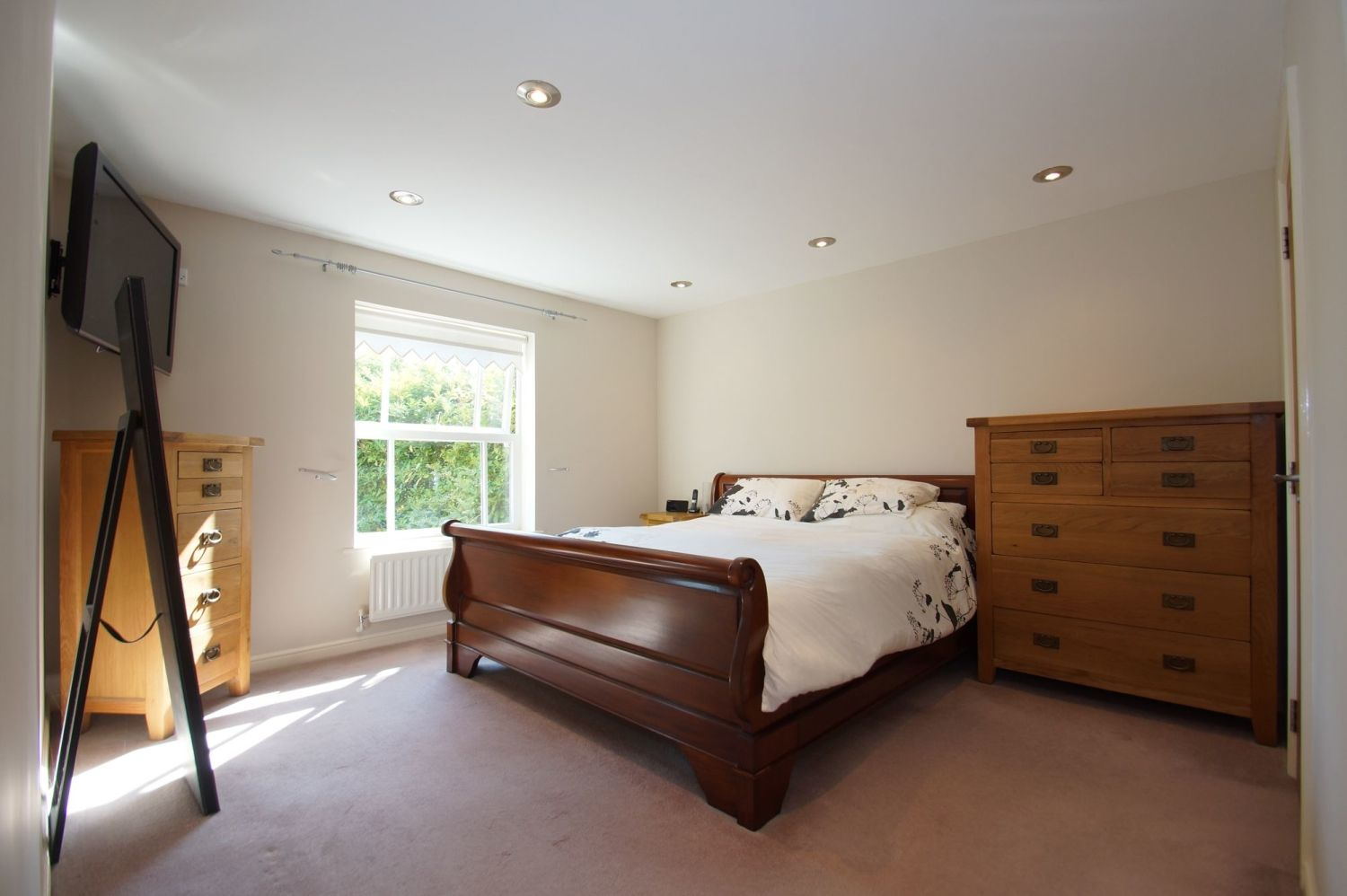 4 bed detached for sale in Acre Lane, Webheath  - Property Image 15