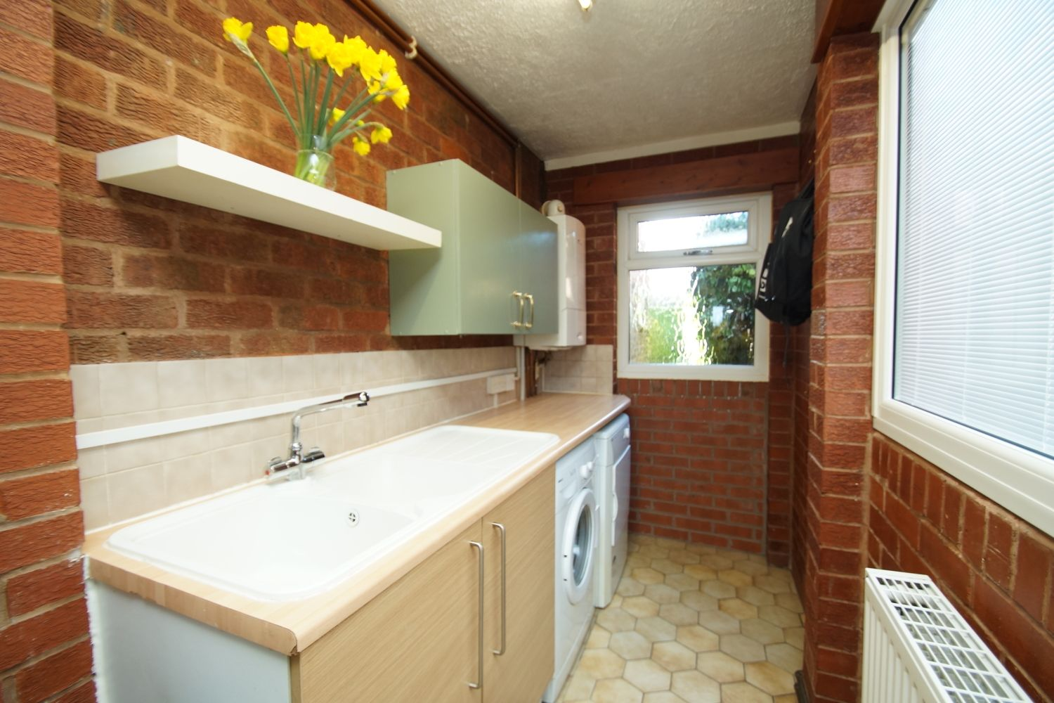 3 bed detached for sale in Fox Lane, Bromsgrove  - Property Image 12