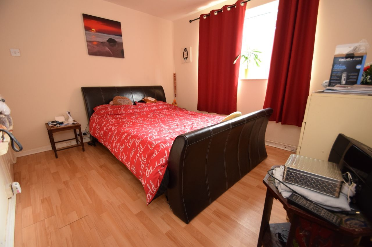 2 bed flat for sale in Farleigh Road, Pershore  - Property Image 4