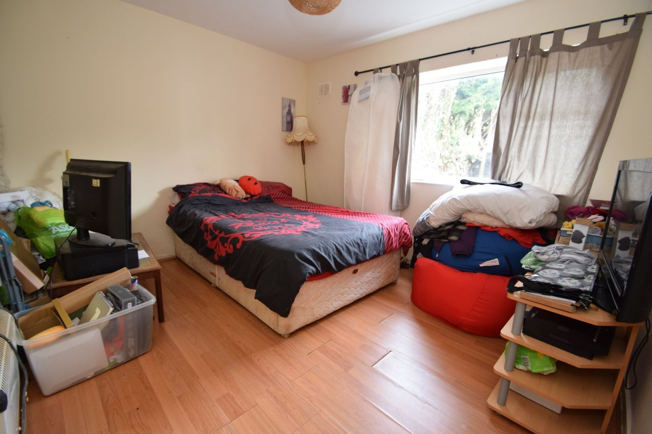 2 bed flat for sale in Farleigh Road, Pershore 5