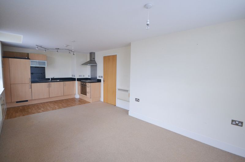 2 bed Flat for sale in Textile Street - Photo 9 (Property Image 2)