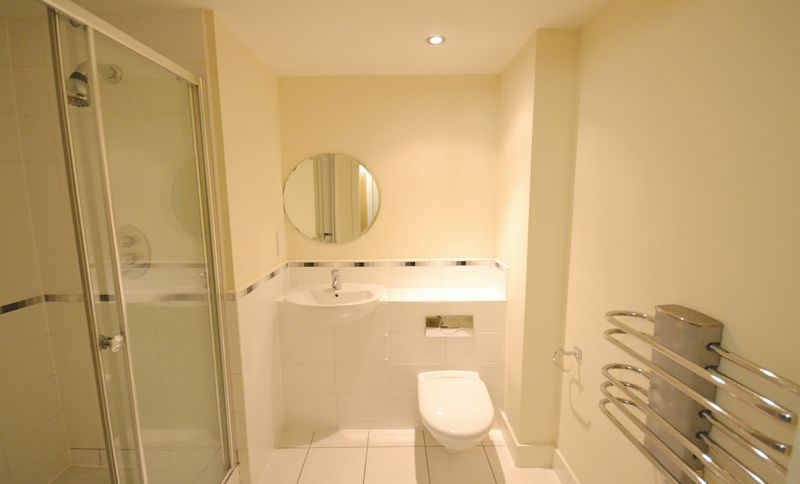 2 bed Flat for sale in Textile Street - Photo 1 (Property Image 5)