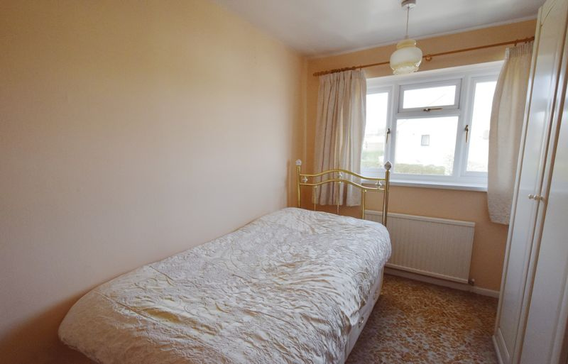 3 bed House for sale in Avenue Road - Photo 7 (Property Image 11)