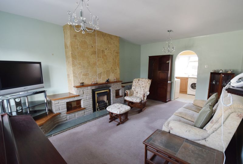 3 bed House for sale in Avenue Road - Photo 21 (Property Image 2)