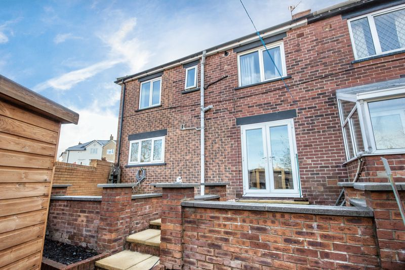 4 bed House for sale in Howard Street - Photo 1 (Property Image 19)