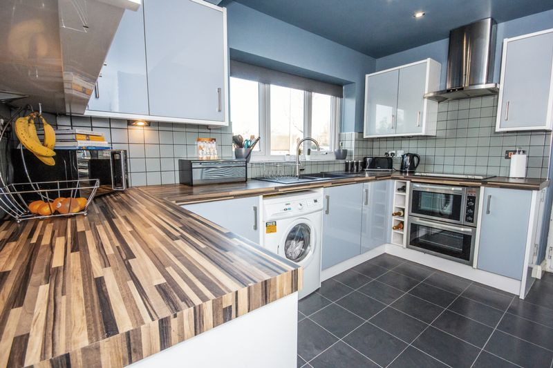 4 bed House for sale in Howard Street - Photo 27 (Property Image 2)