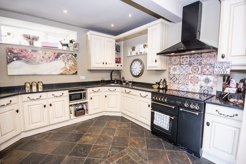 3 bed House for sale in Fitzwilliam Street - Photo 32 (Property Image 5)