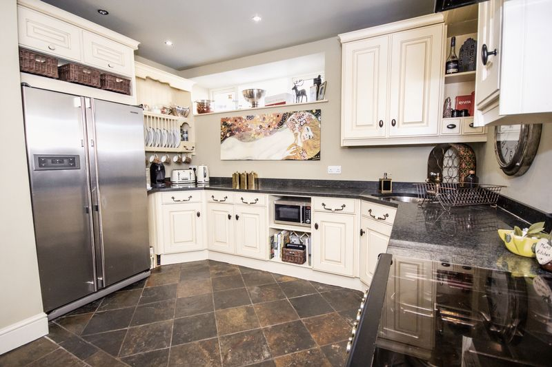 3 bed House for sale in Fitzwilliam Street - Photo 36 (Property Image 8)