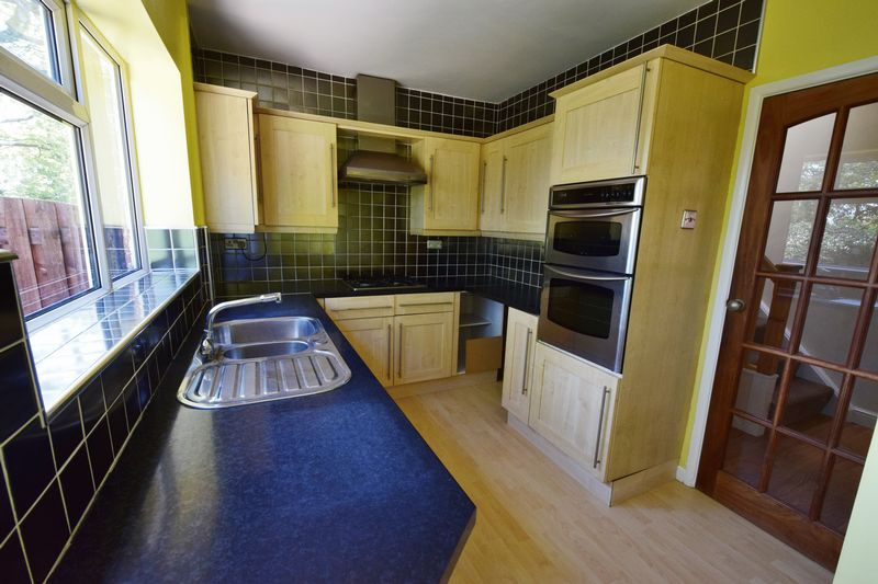 3 bed House for sale in Park Close - Photo 10 (Property Image 1)