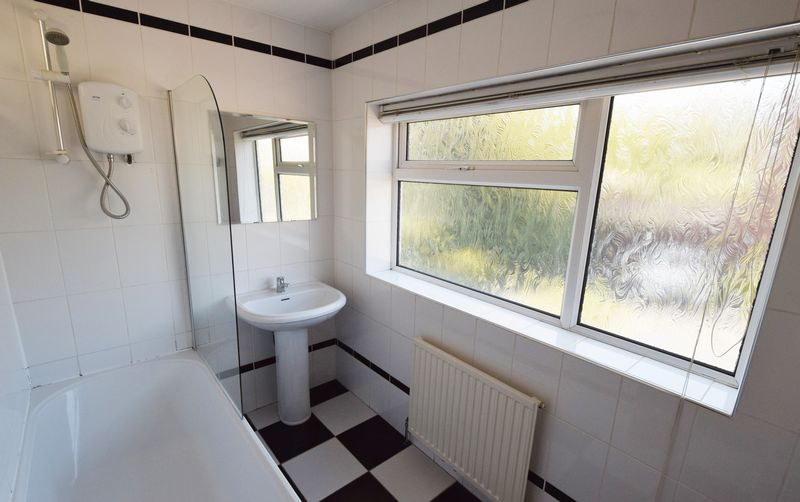 3 bed House for sale in Park Close - Photo 1 (Property Image 5)