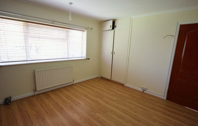 3 bed House for sale in Park Close - Photo 3 (Property Image 9)