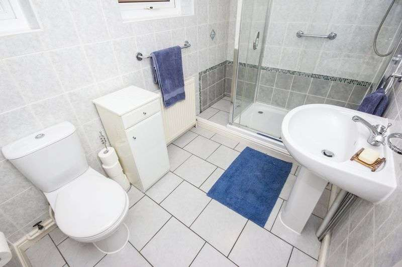 3 bed Bungalow for sale in Poplar Close - Photo 6 (Property Image 10)