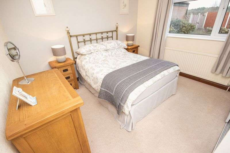3 bed Bungalow for sale in Poplar Close - Photo 15 (Property Image 13)