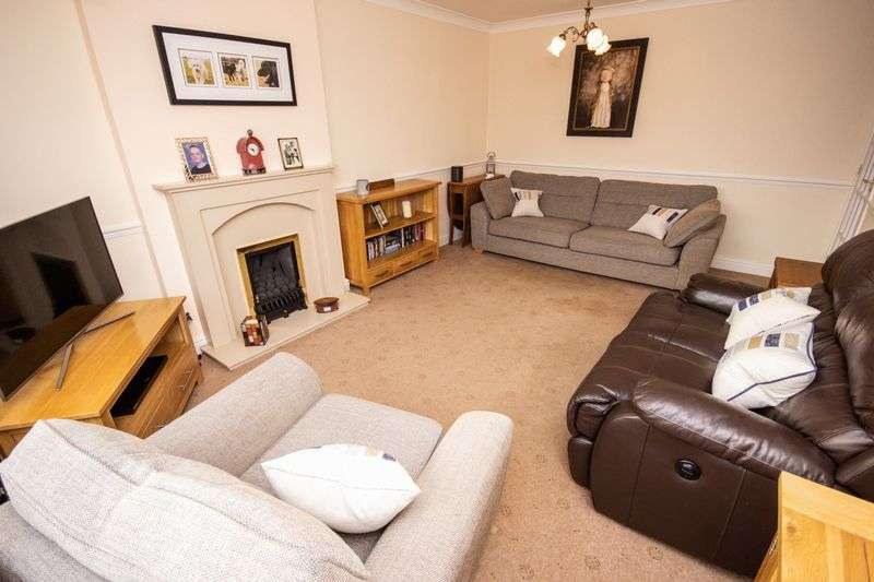 3 bed Bungalow for sale in Poplar Close - Photo 2 (Property Image 2)