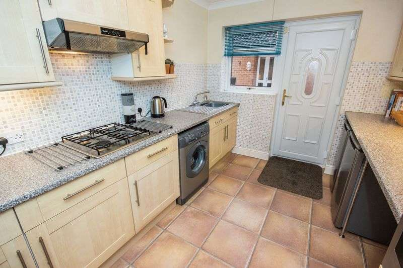 3 bed Bungalow for sale in Poplar Close - Photo 11 (Property Image 3)